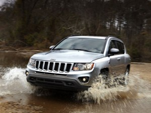 Jeep Compass 2011 at River