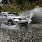 Jeep Grand Cherokee 2011 At River