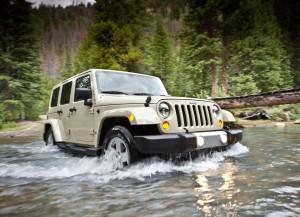 Jeep Wrangler 2011 at River
