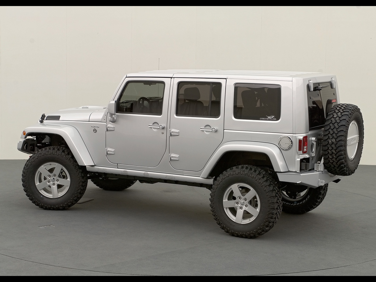 White Jeep Wrangler Unlimited Rubicon Side Angle. White Jeep Wrangler  Unlimited ...