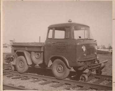 1957 1965 jeep fc 150 2 Jeep History (1950s)