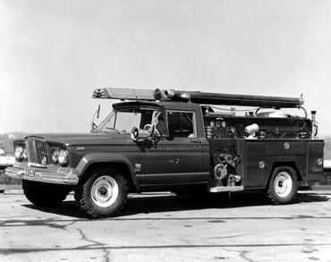 1963 1987 jeep gladiator j series truck 03 Jeep History (1960s)